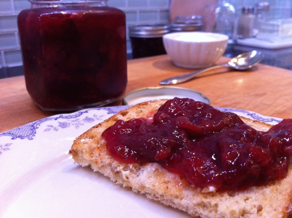 I never get tired of making things into jam!