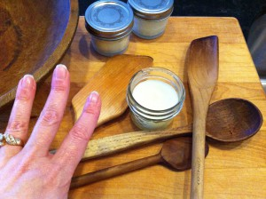 Lovely hands, hmm maybe I should make some hand cream...